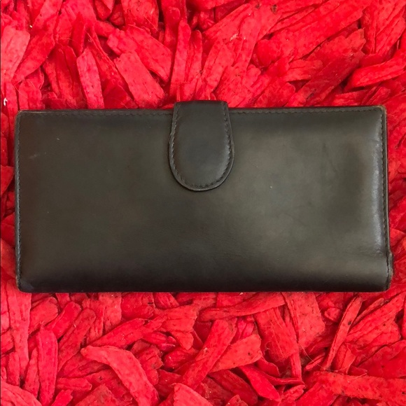 e3428b114f4f Gucci Bags | Vintage Leather Wallet | Poshmark